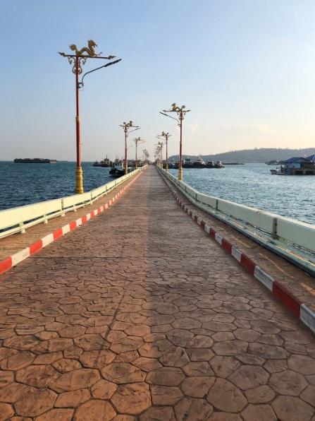 タイ観光 シーチャン島バンコクから最も近い島 2日目感想