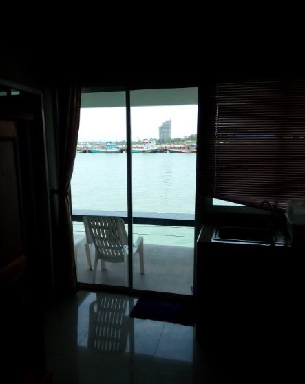 タイ パタヤから南サタヒップの海はゆっくりできておすすめ